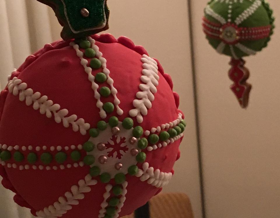 kerstballen van gingerbread